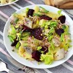 Swojska salatka ziemniacz...