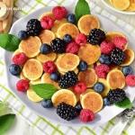 Mini pankejki z owocami...