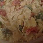 Salatka makaronowa z brok...