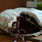 Ciasto czekoladowe z warz...