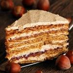 rumunski tort orzechowy