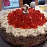 Tort z bitą śmietaną...