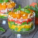 Kolorowa salatka z wedzon...