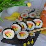 Sushi z wędzonym...