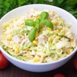 Salatka z serowych zupek ...