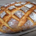 Domowy chleb z chrupiaca ...