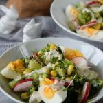 Salatka brokulowa z rzodk...