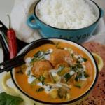 Czerwone curry z...