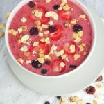 Czerwone owocowe smoothie