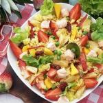 Sloneczna salatka z mango...