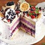 Tort jagodowy z...