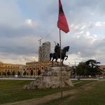 Tirana - czy warto spedzi...